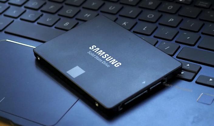 SSD pentru laptop - Top 3 cel mai bun SSD pentru laptop